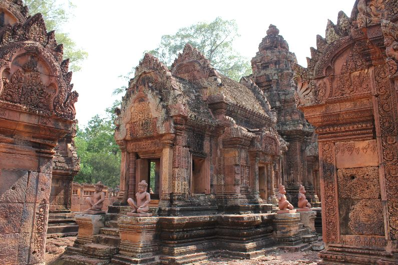 The beautiful designs and petite rooms help to make Banteay Srei known as a fairy-tale temple