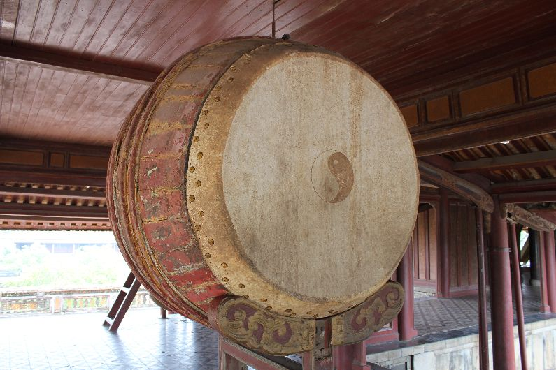 Drum on the upper level of the Ngo Mon gate