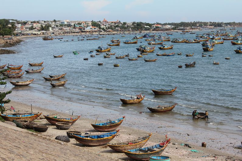 The busy Vietnamese fishing boats